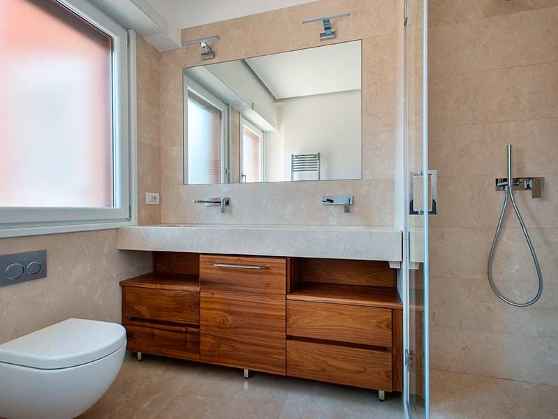 Rivestimento bagno marmo crema marfil artemarmi - Profilo rivestimento bagno ...