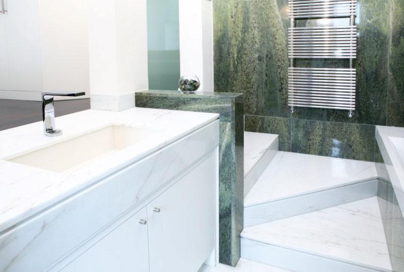 Il marmo in bagno