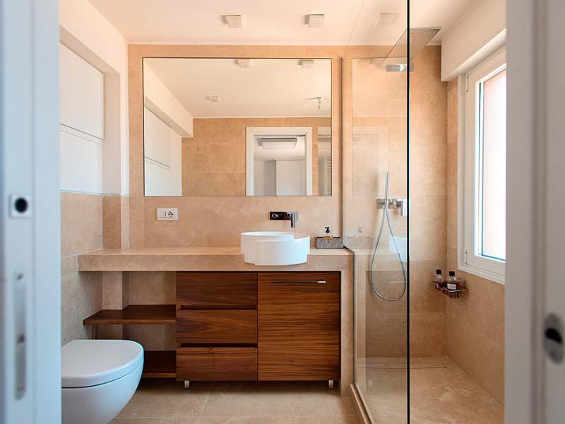 Bagni in marmo realizzati da artemarmi