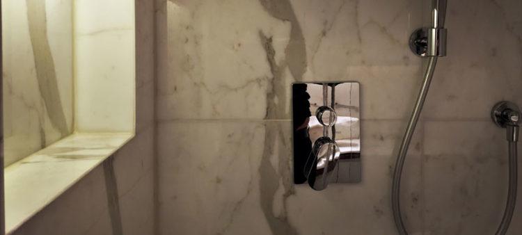 Marmo Carrara Elegant White Macchia Aperta