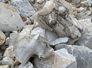 Statue Marmo Fabio Viale Carrara